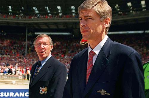 HLV Wenger và Ferguson trong một trận đấu ở giai đoạn căng thẳng giữa Arsenal và Man Utd